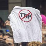Stop TTIP Stop TTIP | Bild (Ausschnitt): © Barcelona En Comú - Wikimedia Commons