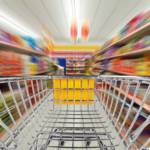 Konsum im Supermarkt Deutsche Supermarktketten achten viel zu wenig auf Ausbeutung entlang ihrer Lieferketten | Bild (Ausschnitt): © Grafner - Dreamstime.com