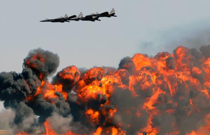 Bombenabwurf Luftangriff Syrien |  Bild: © Ivan Cholakov - Dreamstime
