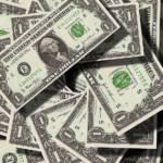 US Dollar Geld, das Entwicklungsländern eigentlich als Steuerzahlungen zustünde, behalten Großkonzerne meist selbst. | Bild (Ausschnitt): © geralt - Wikimedia Commons