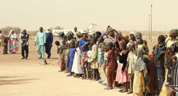 Flüchtlinge Mali Aus Angst vor der anhaltenden Gewalt in ihrem Land kehren malische Flüchtlinge nicht in ihre Heimat zurück.    Bild: © European Commission DG ECHO/Cyprien Fabre [CC BY-SA 2.0]  - Wikimedia Commons