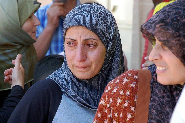Frauen auf der Flicht Frauen sind auf der Flucht besonderer Gefahr und Gewalt ausgesetzt.    Bild: © Masser - Wikimedia Commons