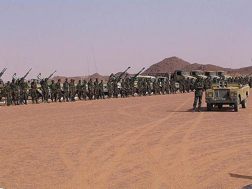 Polisario-Front an der Grenze zu Marokko