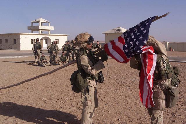 Invasion der USA in Afghanistan, 2001  Bild: ©  MarineCorps NewYork [CC BY 2.0]  - flickr