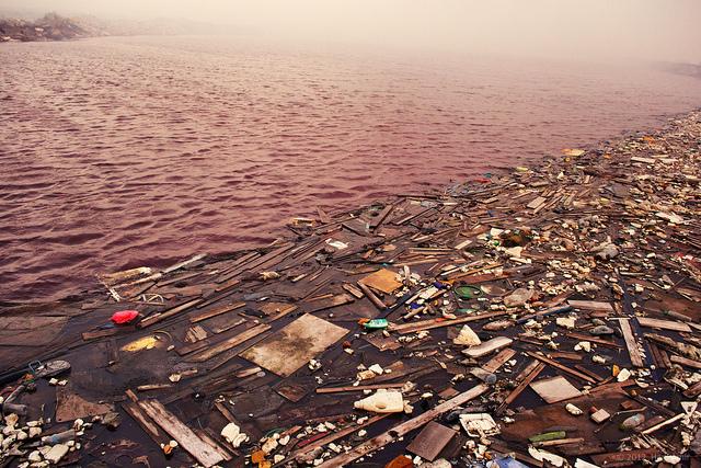 Wasserverschmutzung Müll