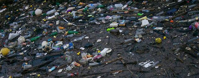 Plastik Müll  Bild: © Edinburgh Greens [CC BY 2.0]  - flickr