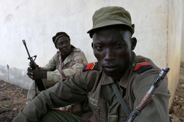 Miliz-Angehöriger, Zentralafrikanische Republik  Bild: ©  hdptcar [CC BY-SA 2.0]  - flickr.com