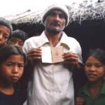Flüchtlinge im Lager in Nepal | Bild (Ausschnitt): © Alemaugil [Public Domain] - Wikimedia Commons