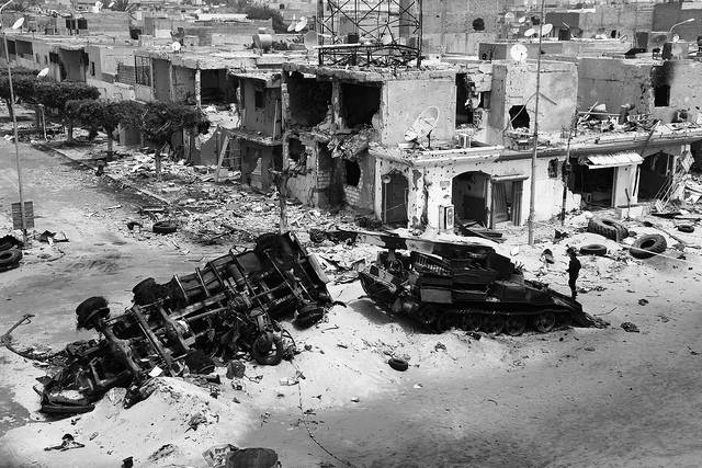 Libyen Die libysche Stadt Misrata wurde während des Bürgerkriegs schwer beschädigt. | Bild: © mojomogwai [CC BY-NC-ND 2.0]  - Flickr