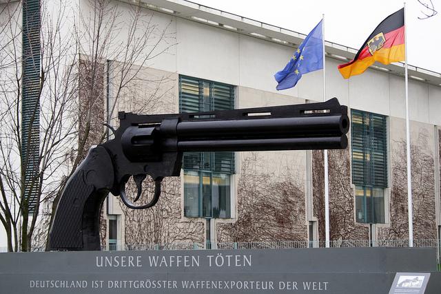 Kampagne gegen den Waffenhandel durch IPPNW (diese Organistaion steht nicht mit uns in Verbindung)