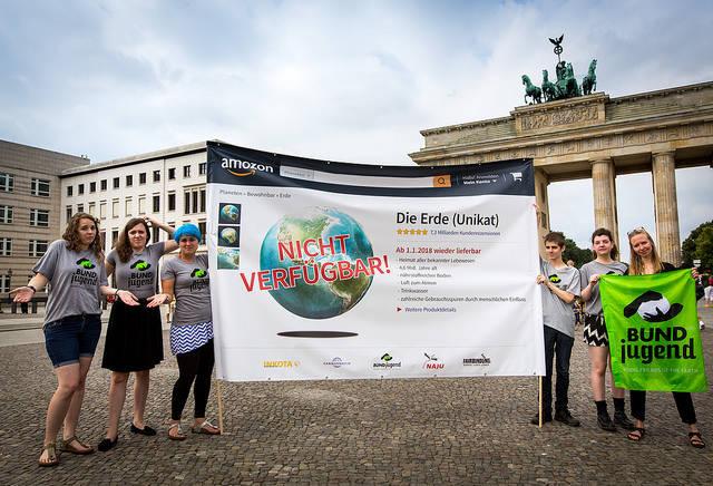 Erdüberlastungstag BUNDjugend demonstiert in Berlin um auf den Erdüberlastungstag aufmerksam zu machen.  | Bild: ©  BUNDjugend [CC BY 2.0]  - Flickr