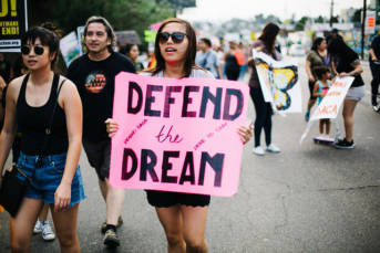 Dreamer Pro-DACA-Demonstration in Los Angeles   Bild: © Molly Adams [CC BY 2.0]  - Flickr