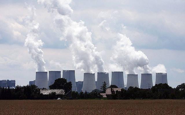 Kohlekraftwerk Kohlekraftwerk Jänschwalde im Südosten Brandenburgs. | Bild: © blackpictures [CC BY-NC-ND 2.0]  - Flickr
