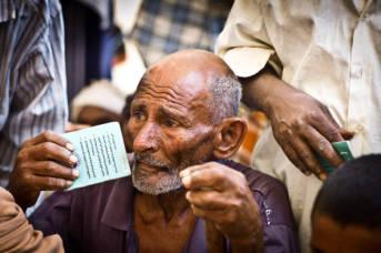 Im Bürgerkriegsland Jemen leidet vor allem die Bevölkerung an den Folgen der Zerstörungen. Durch die Cholera-Epidemie hat sich die humanitäre Lage stark verschlimmert | Bild: © Oxfam International [CC BY NC ND 2.0]  - Flickr