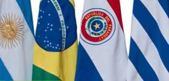Die Flaggen der Mercosur-Staaten Argentinien, Brasilien, Paraguay und Uruguay | Bild: © Administración Nacional de la Seguridad social [(CC BY-SA 2.0)]  - flickr