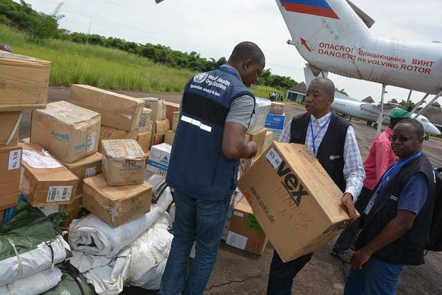 Verteilung von Hilfsgütern im Kongo