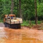 Sierra Leone Immer häufiger haben Fluten in Sierra Leone kathastrophale Ausmaße | Bild (Ausschnitt): © jbdodane [CC BY-NC 2.0] - flickr