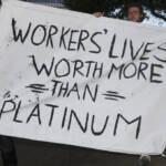 Proteste aus Solidarität mit den erschossenen Bergleuten in Südafrika. Proteste aus Solidarität mit den erschossenen Bergleuten in Südafrika | Bild (Ausschnitt): © Daniel Arauz [CC BY-SA 2.0] - flickr