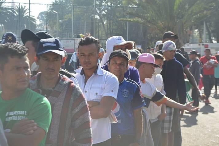 Migranten-Karawane aus Mittelamerika in der US-Grenze |  Bild: © ProtoplasmaKid [(CC BY-SA 4.0) ]  - wikimedia